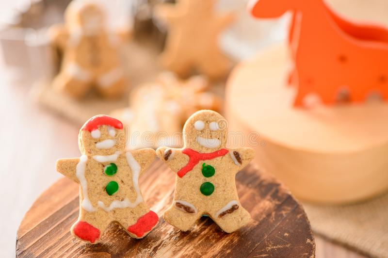 Christmas food. Gingerbread man and gingerbread star cookies in Christmas setting. Xmas dessert royalty free stock photos