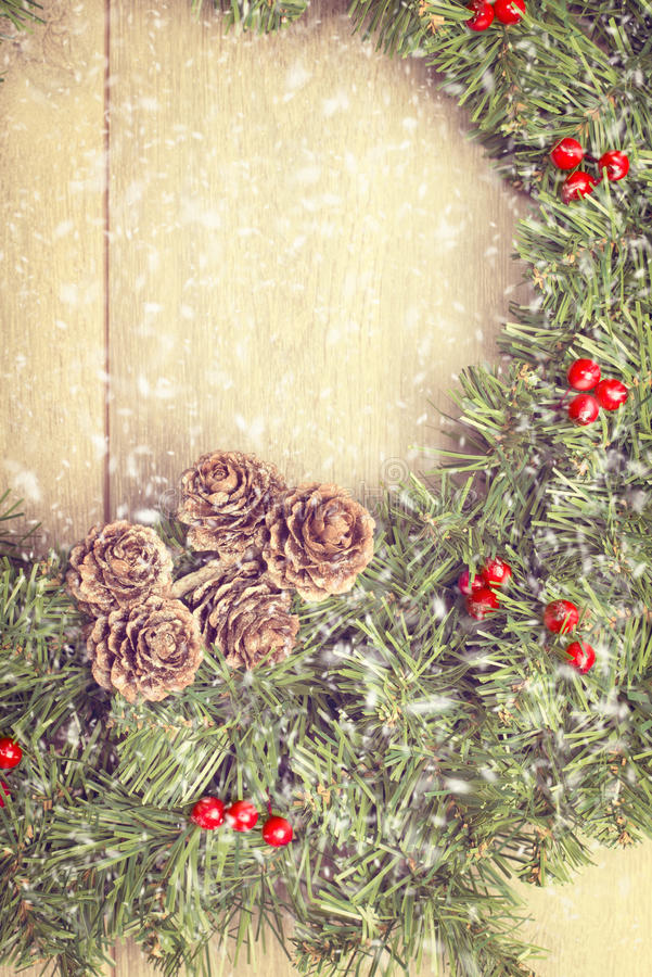Download Christmas Garland Royalty Free Stock Photography - Image: 34577817