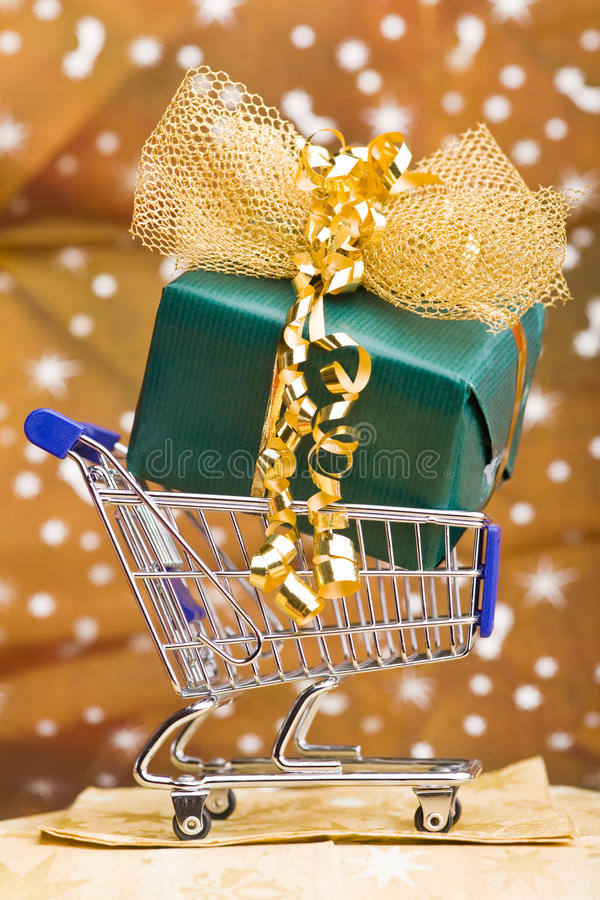 Download Christmas Gift In Shopping Cart Stock Image - Image: 23871025
