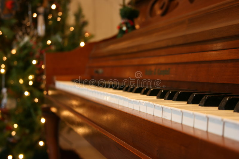 christmas piano στοκ εικόνες
