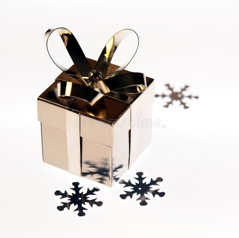 Free Christmas Present Royalty Free Stock Photography - 3270767