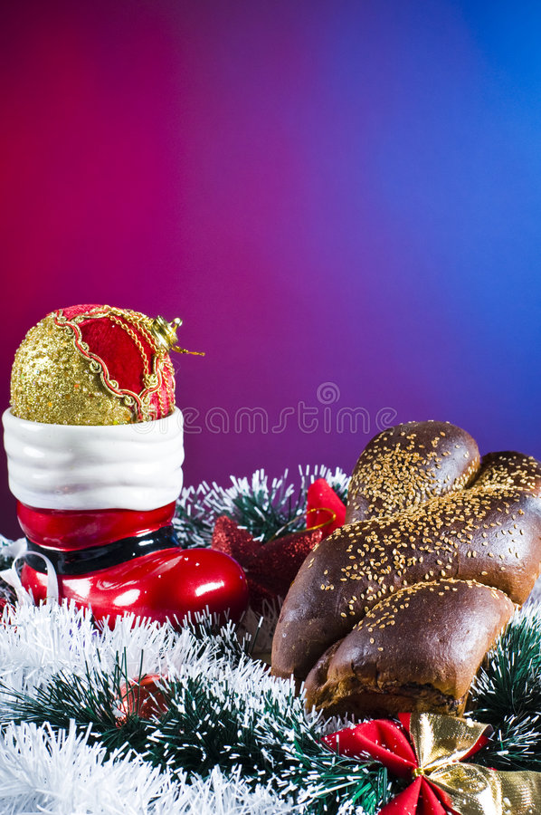 Download Christmas Table Setting Royalty Free Stock Images - Image: 7384369