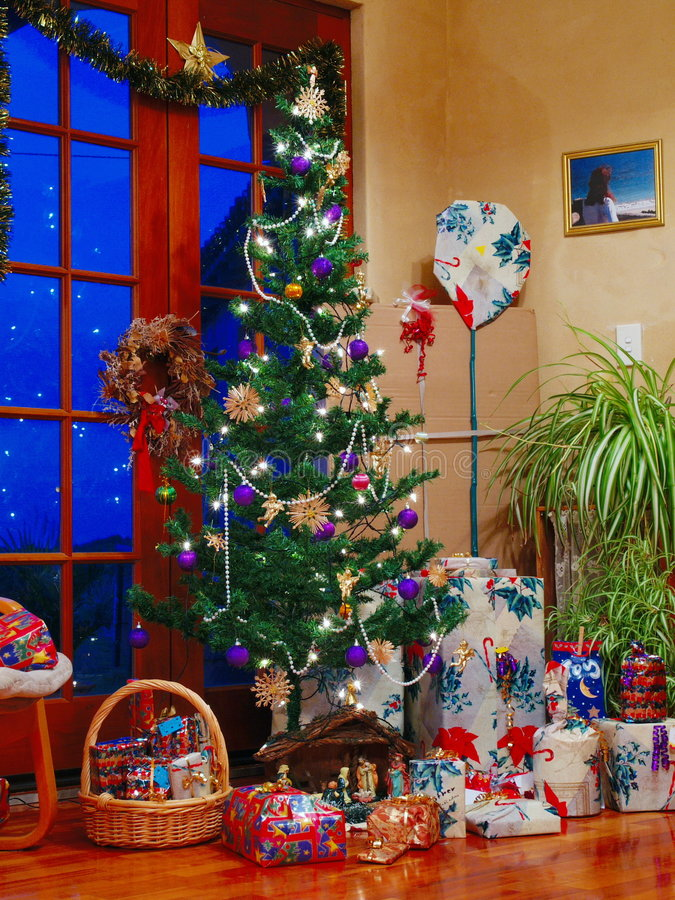 Free Christmas Tree Royalty Free Stock Photography - 280147