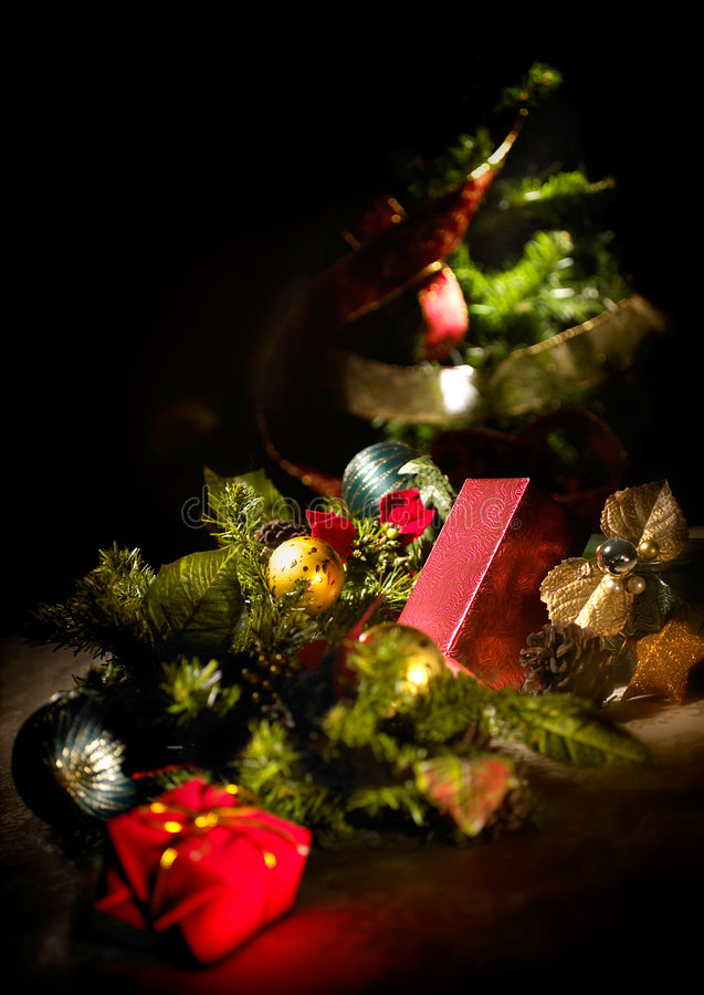 Free Christmas Tree Royalty Free Stock Images - 5922259