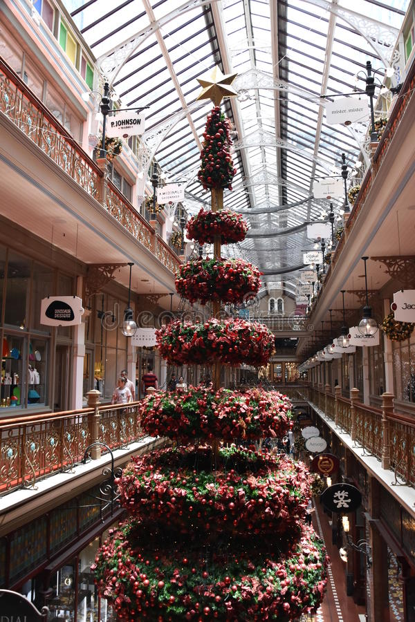 Christmas Tree in The Strand shopping arcade. royalty free stock photos