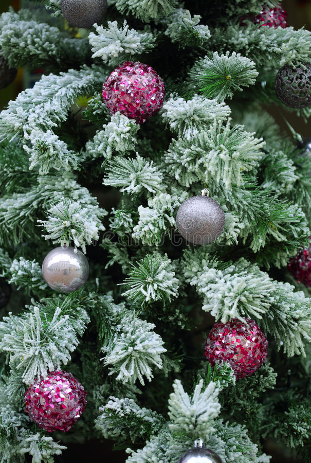 Free Christmas Tree With Baubles Stock Images - 49430994