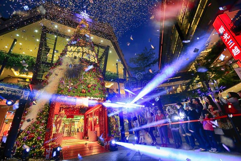Download Christmas tree editorial image. Image of tour, christmas - 35894230