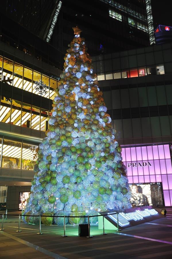 Download Christmas Tree In Yanlord Landmark Editorial Image - Image: 22439550