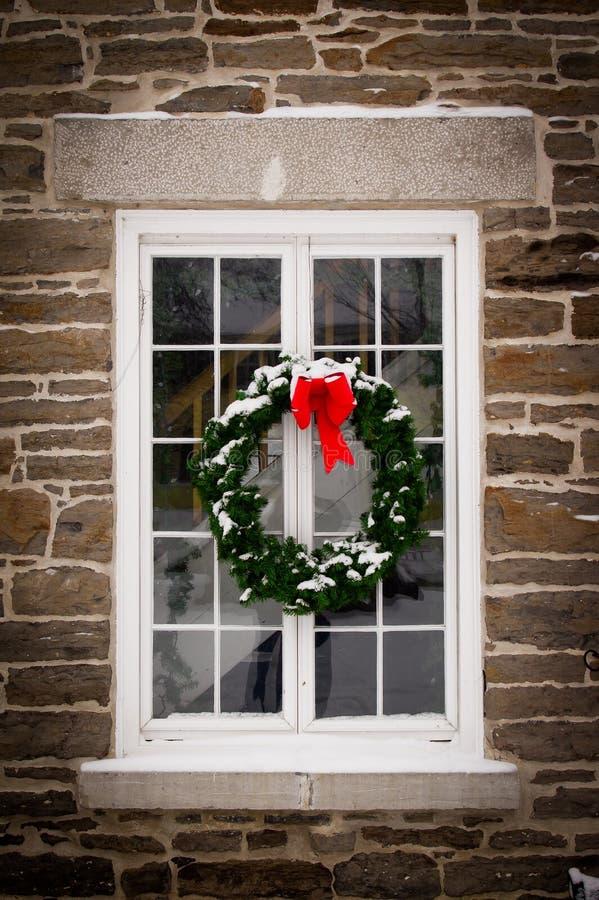 Free Christmas Wreath On Old Window Pane Royalty Free Stock Photos - 21804828