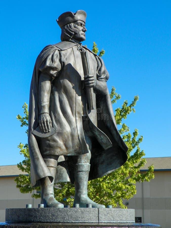 Christopher Columbus Statue in Kenosha Van de binnenstad, WI stock afbeeldingen