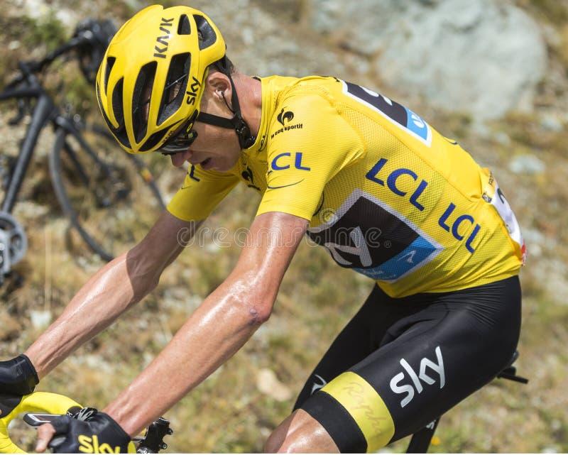 Christopher Froome sulle strade delle montagne - Tour de France 2015 fotografia stock libera da diritti