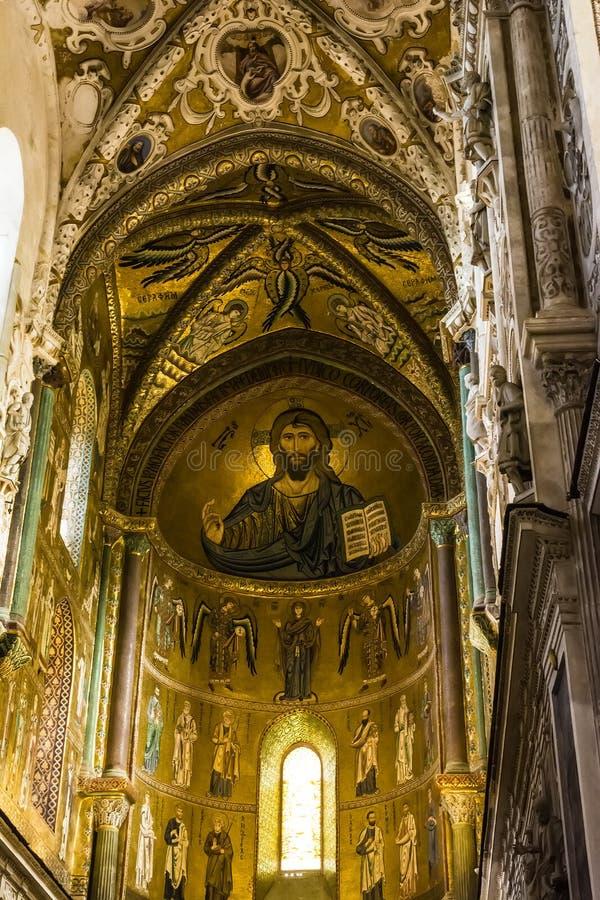 Christus Pantokrator in kathedraal-Basiliek kerk van Cefalu, Sicilië, zuidelijk Italië stock fotografie