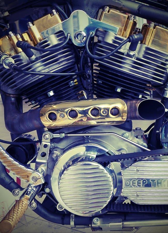 Chrome, Engine, Engineering Free Public Domain Cc0 Image
