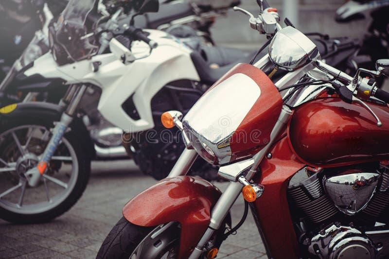 Chrome klassisk motorcykelbillykta royaltyfria bilder