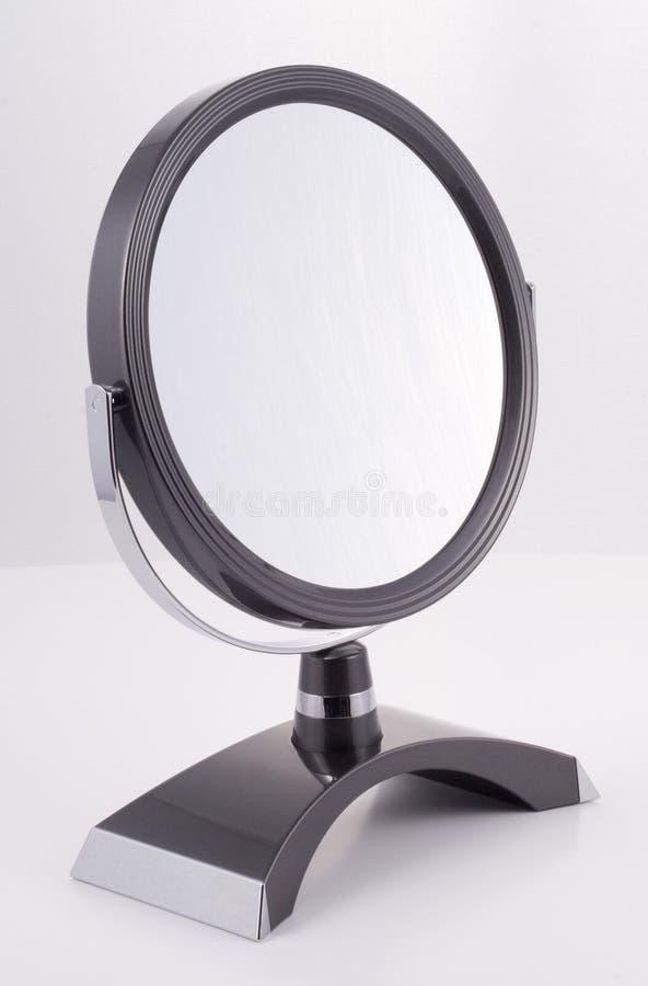 chromu lustrzany round stojak zdjęcia royalty free