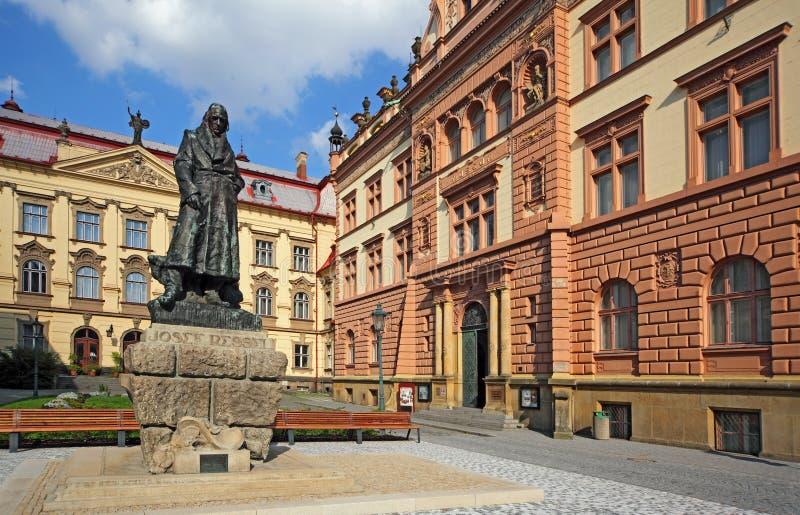 Chrudim - J Ressel-Denkmal 01 stockfotografie