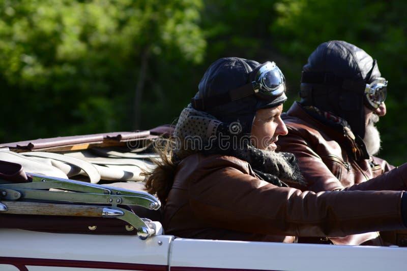 CHRYSLER 72 DE LUXE TERENÓWKA 1928 bieżny samochód w zlotnym MilleCHRYSLE Miglia 2018 sławna włoska dziejowa rasa 1927-195 obrazy stock