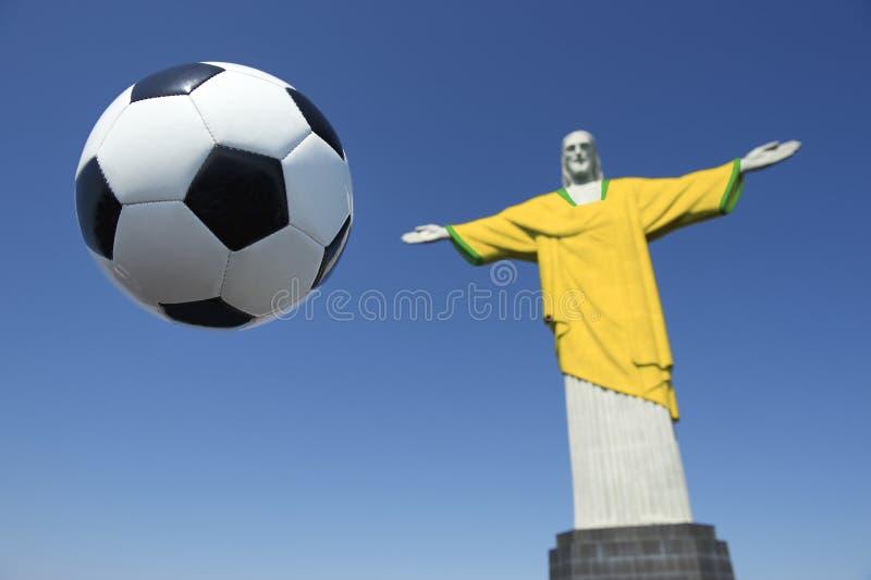 Chrystus odkupiciel Brazylijski Futbolowy Brazylia Barwi piłka nożna mundur obraz stock
