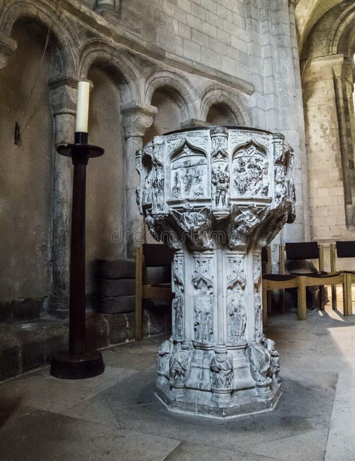 Chrzcielnica w Norwich katedrze, Norfolk, UK zdjęcia stock