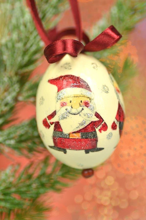 Chuchería de la Navidad hecha por técnica del decoupage imágenes de archivo libres de regalías