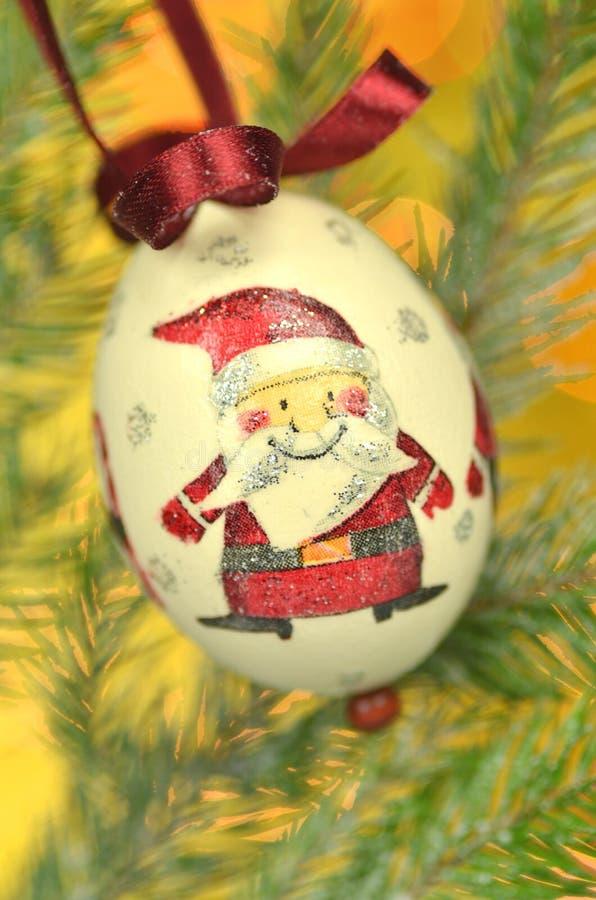 Chuchería de la Navidad hecha por técnica del decoupage imagenes de archivo