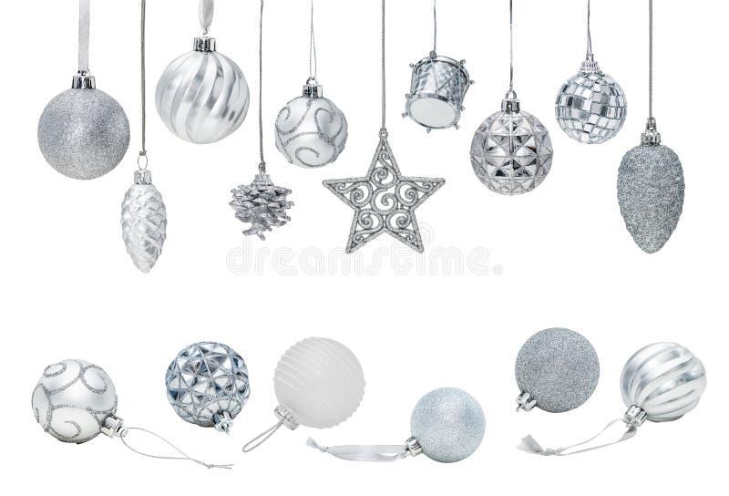 Chucherías de plata del Año Nuevo de la Navidad para los ornamentos del árbol de navidad imágenes de archivo libres de regalías
