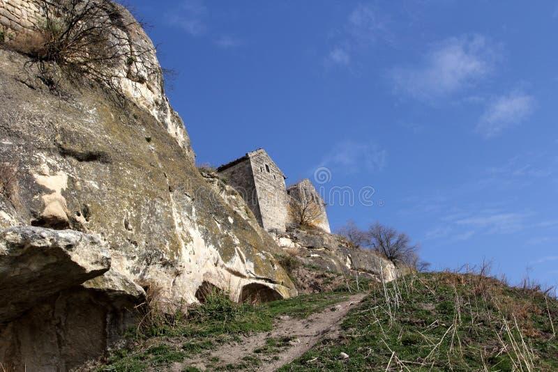 Chufut-couve antiga da cidade da caverna em Bakhchysarai, Crimeia foto de stock