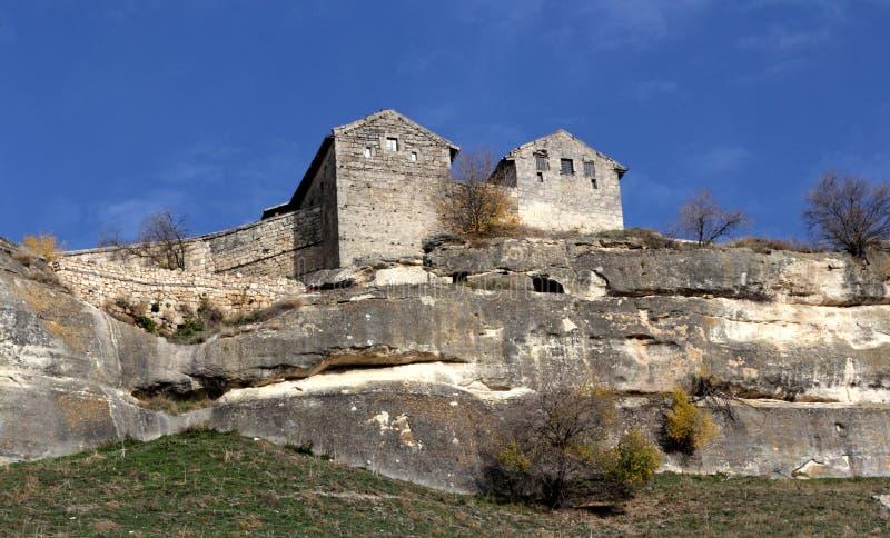 Chufut-couve antiga da cidade da caverna em Crimeia foto de stock royalty free