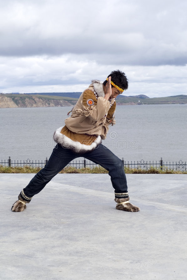Chukchi Tanz lizenzfreies stockfoto
