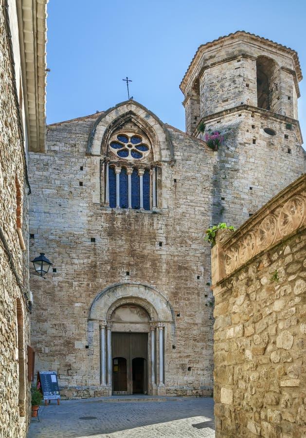 Church de San Vicente de Besalu, España fotografía de archivo libre de regalías