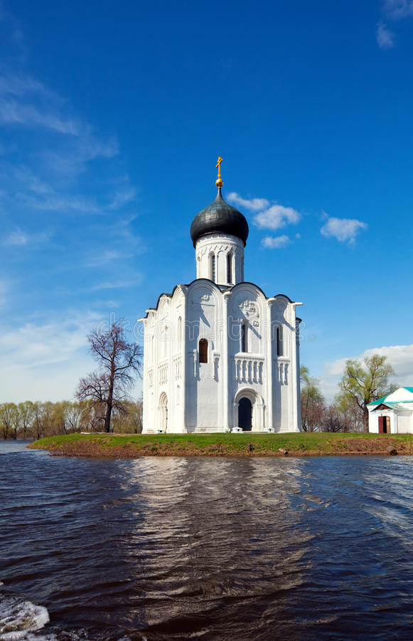 Church of Intercession on River Nerl in flood royalty free stock photography