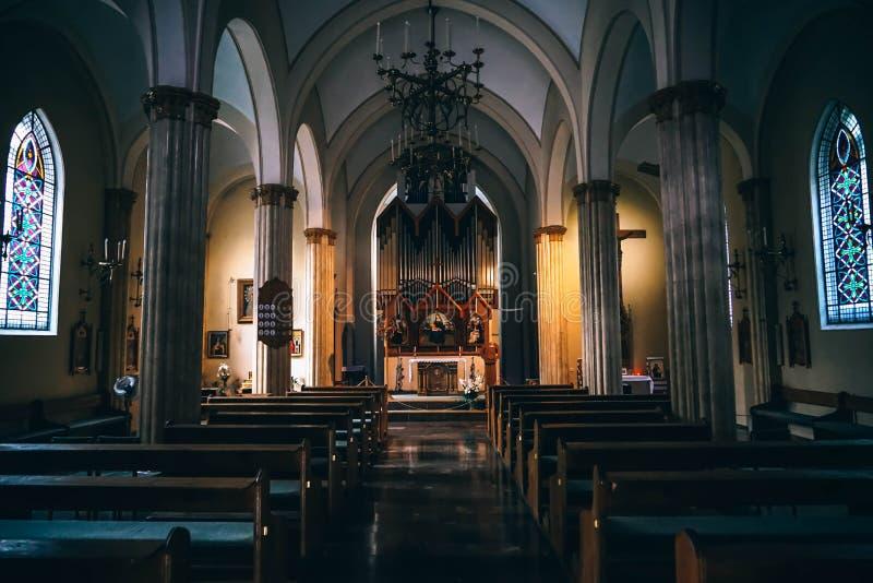 Church Pews Near Concrete Pillars In Church Free Public Domain Cc0 Image