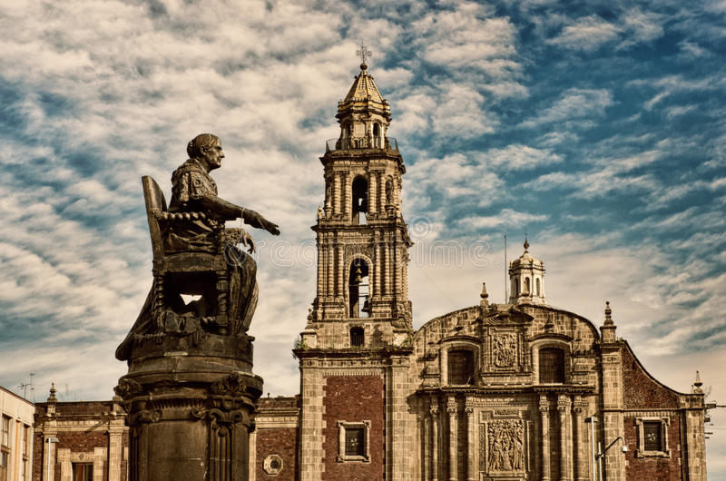 Church of Santo Domingo in Mexico city. Church of Santo Domingo and statue of the Corregidora Josefa Ortiz de Dominguez in Mexico city royalty free stock photos