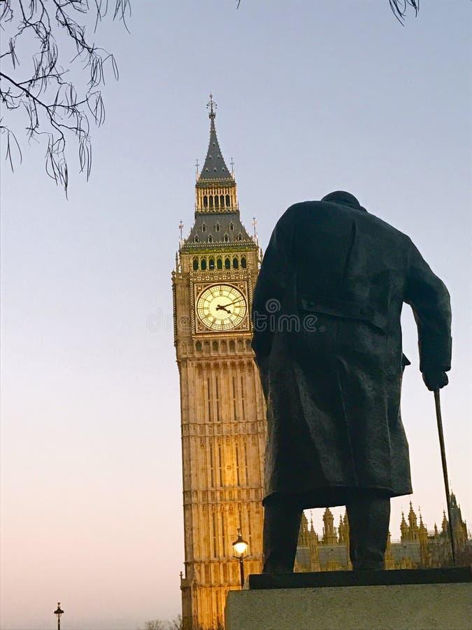 Churchill που εξετάζει το Ben στοκ εικόνα με δικαίωμα ελεύθερης χρήσης