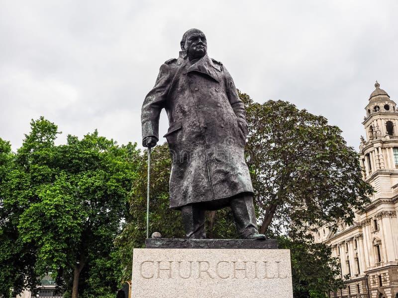 Churchillstandbeeld in Londen (hdr) royalty-vrije stock afbeelding