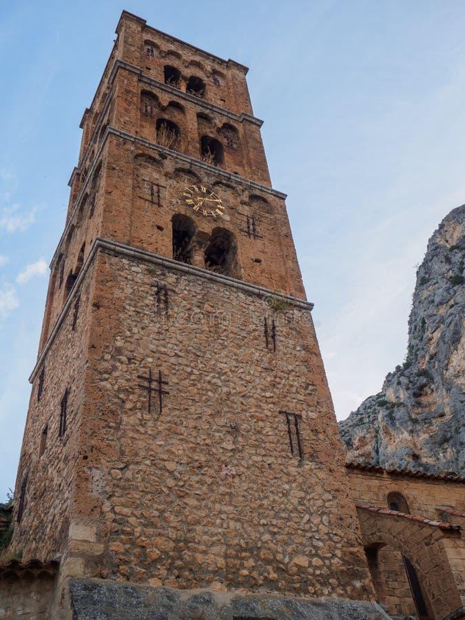 Churchtower moustiers-Sainte-Marie royalty-vrije stock afbeeldingen