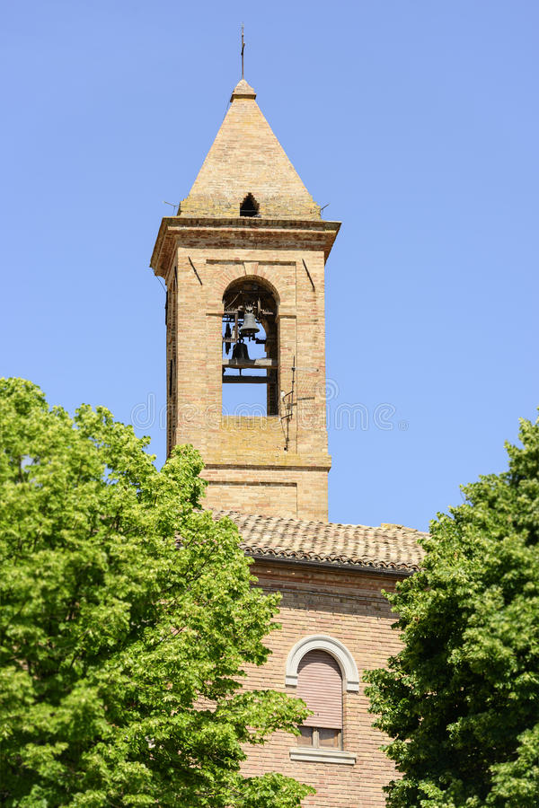 Churchtower Urbisaglia royaltyfri fotografi