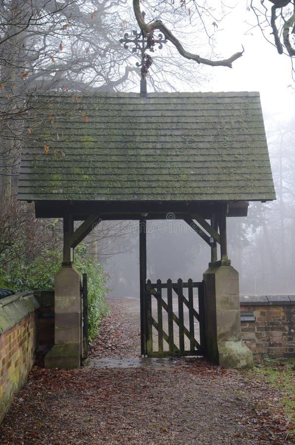 Churchyard brama zdjęcia stock