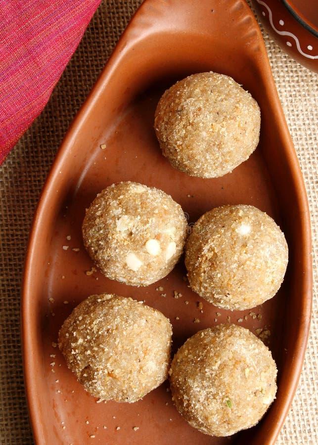 Churma Ladoo -麦子根据从印度的甜点 免版税库存图片