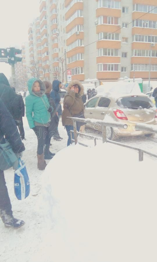 Chute de neige importante d'extrémité de la Roumanie images stock