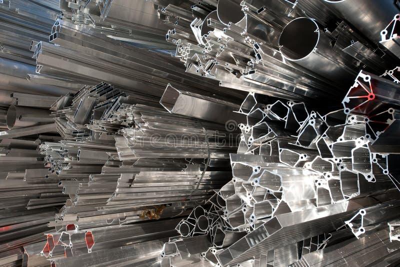 Chute en aluminium pour la réutilisation photographie stock