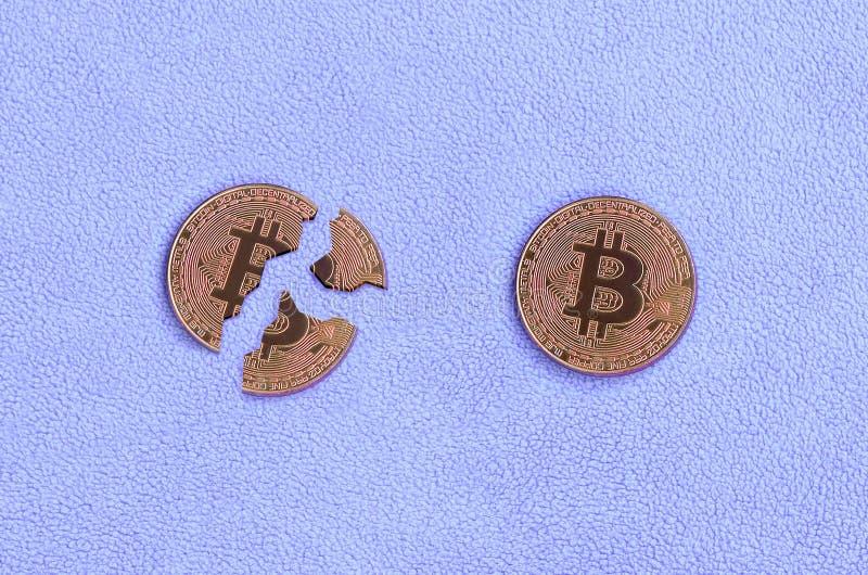 Chute et effondrement du crypto taux de change de bitcoin photos stock
