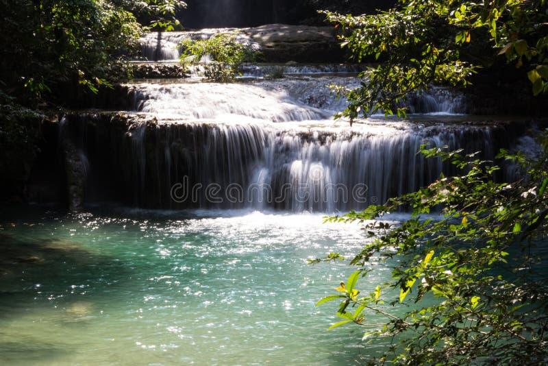 Chutes de l'eau de nature image stock