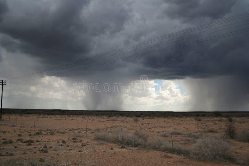 Chuva no deserto fotografia de stock