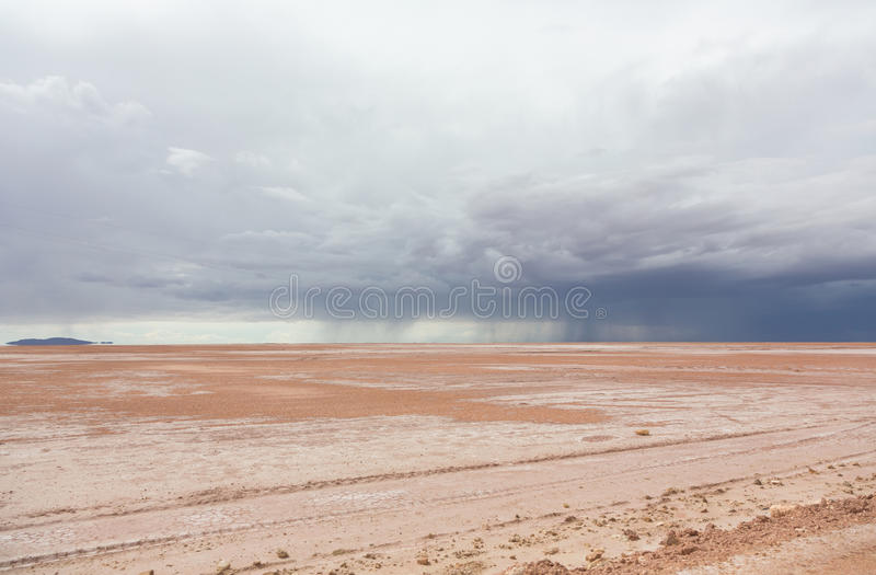 Chuva no deserto foto de stock royalty free