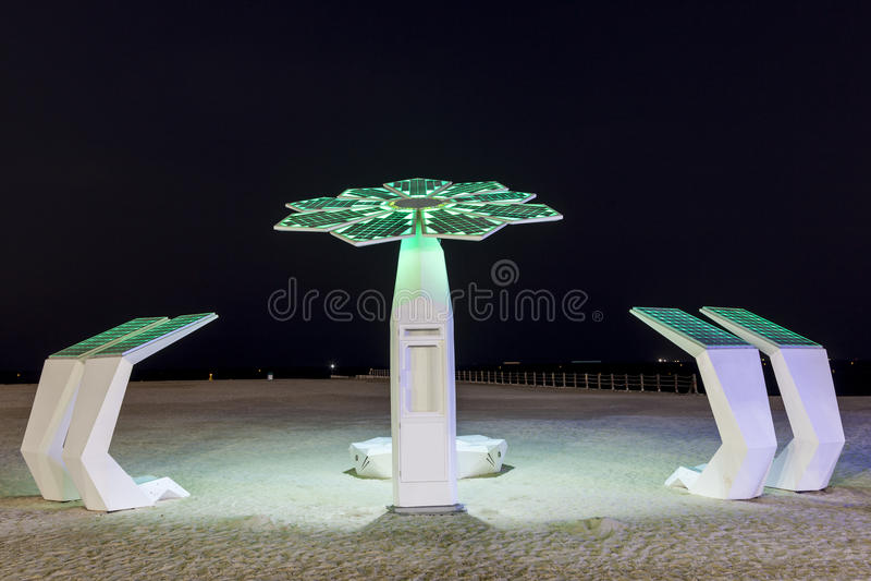 Chuveiro da praia em Dubai imagens de stock