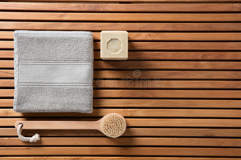 chuveiro Eco-amigável ou conceito tradicional do cuidado do corpo, vista superior imagem de stock royalty free
