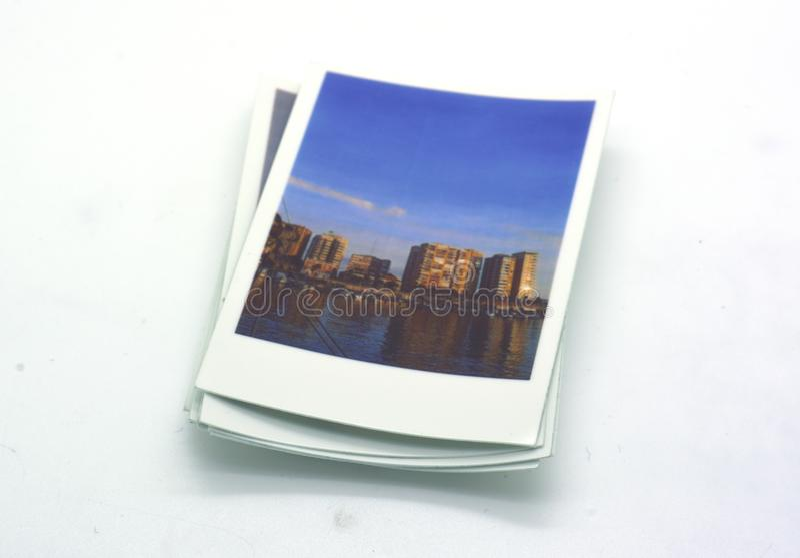 Chwila fotografuje polaroidu typ zdjęcia stock