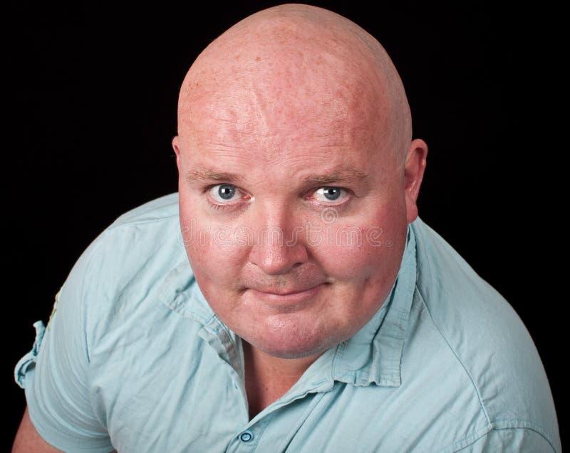 Ciérrese encima de exceso de peso masculino ocasional del retrato fotos de archivo
