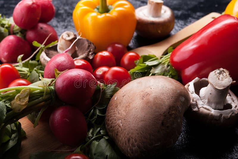 Ciérrese encima de imagen de diverso vegetabl fresco y sano delicioso imagen de archivo libre de regalías